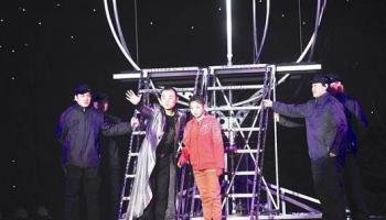 中國魔術師成功挑戰15秒穿越長江
